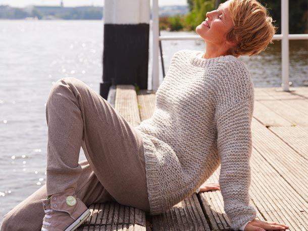 Wenn dieser Pullover eines ausstrahlt, dann Gemütlichkeit! Mit unserer Anleitung…
