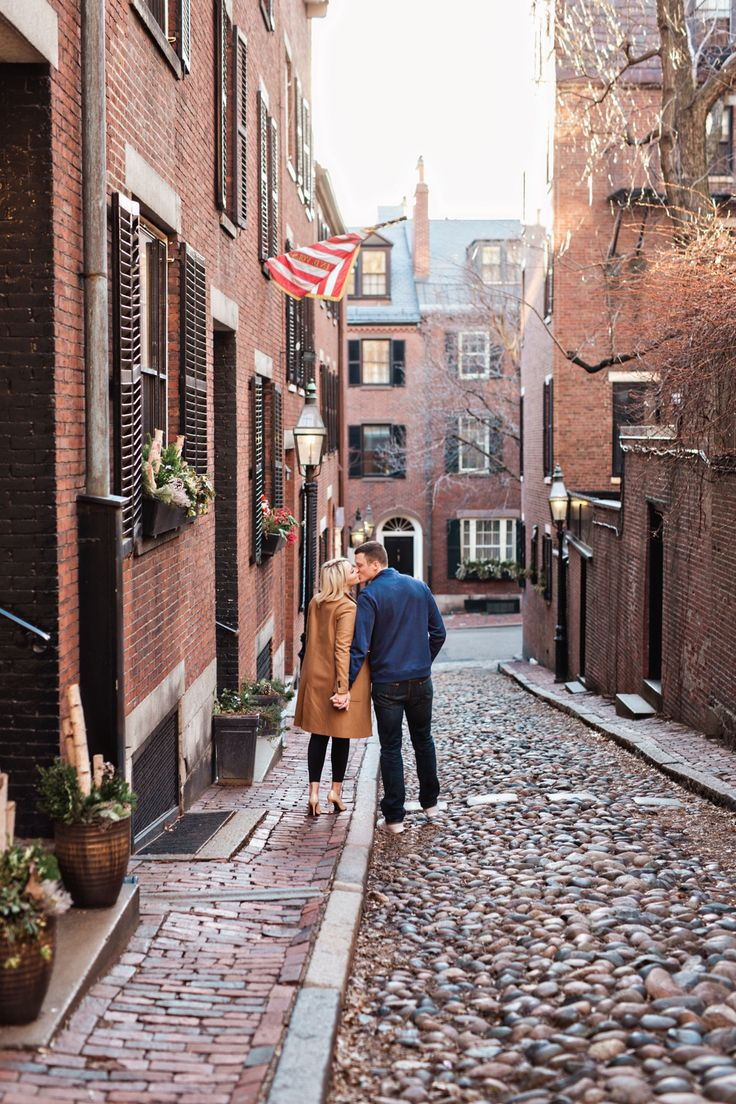 A classic Boston engagement session photographed on Acorn Street by New England Wedding Photographer, Amilia Photography. #lovestruckdeals #weddingdeals