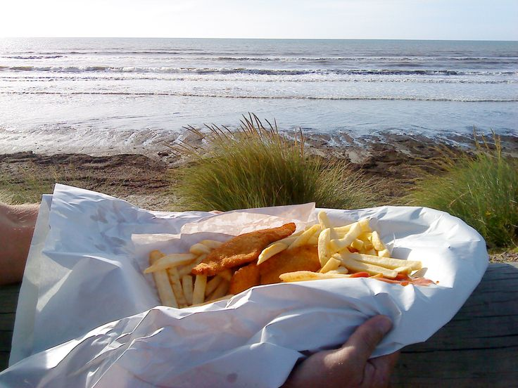 New Zealand is home to some of the best Fish 'n' Chips in the world and we're quite proud of that! It's a popular take-away which consists of battered fish which is deep-fried and served with chips.