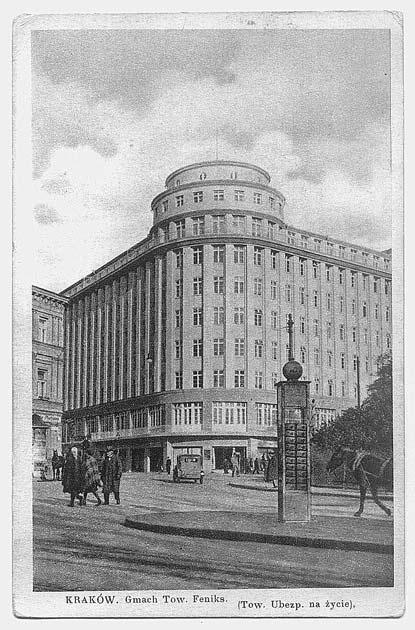 Gmach Towarzystwa Ubezpieczeń Feniks w narożniku ulicy Basztowej i Rynku Kleparskiego (arch. Maksymilian Burstin i Jerzy Struszkiewicz, 1931-1933)