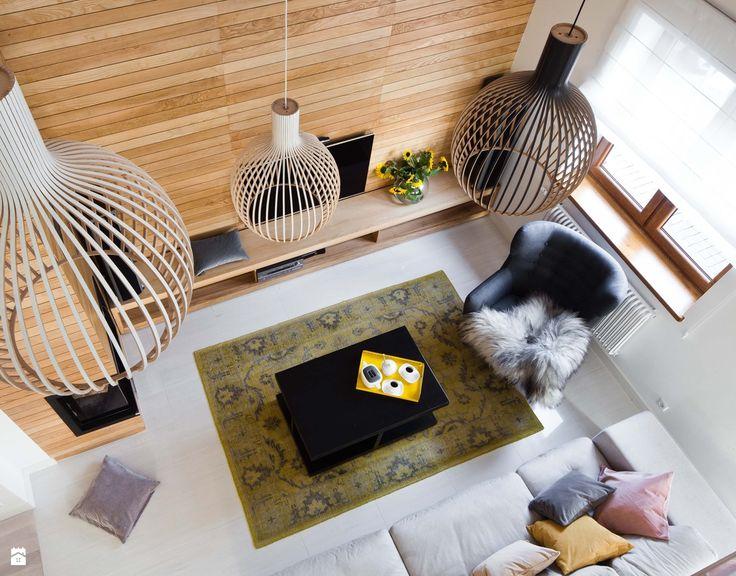 Salon z antresolą. - zdjęcie od Miliform - Salon - Styl Skandynawski - Miliform