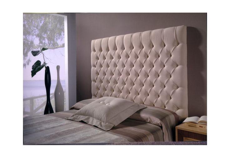 Tête de lit capitonnée sur mesure entièrement personnalisable. Travail artisanal de qualité