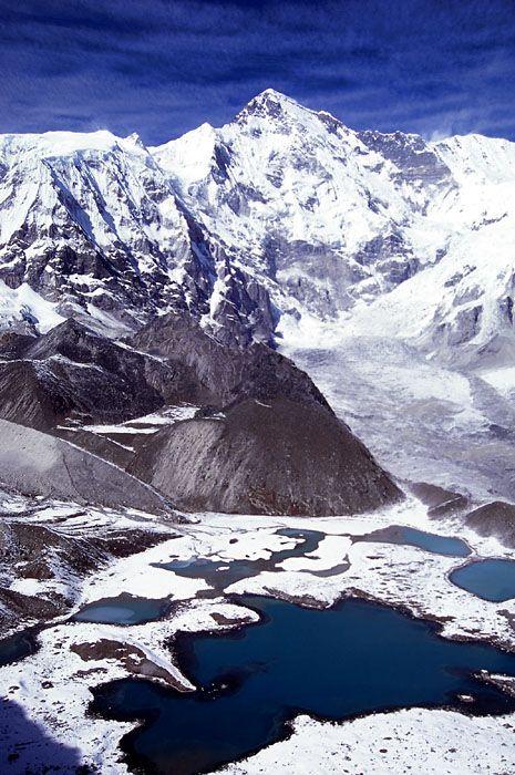 Ngozumpa-tse (Knobby View), Himalaya