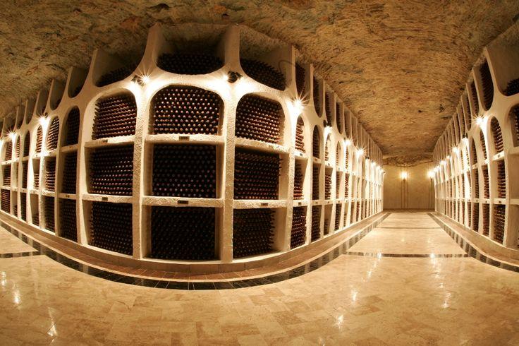 beciurile-cricova-vinoteca-nationala.jpg (1024×683)