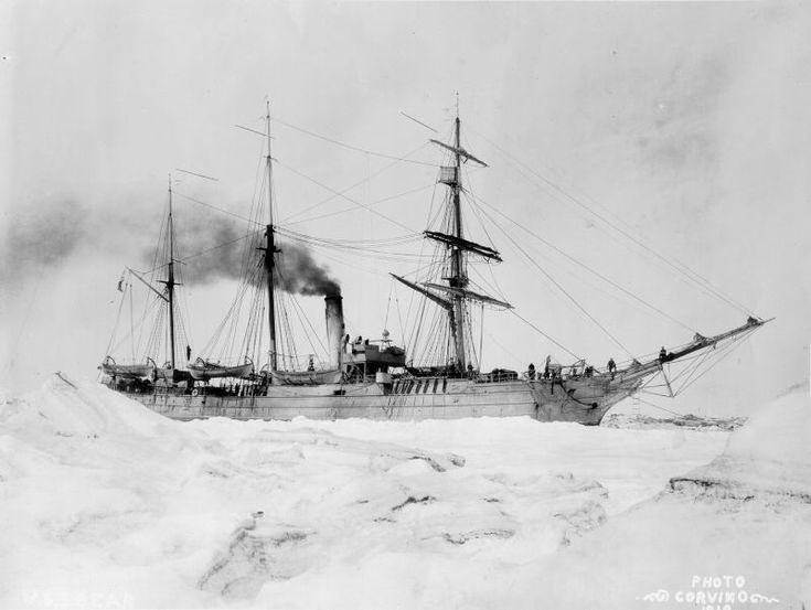 Buques Logisticos y de Exploracion en Antartida