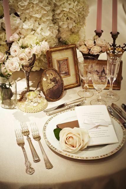 結婚式場写真「大人可愛いアンティークコーディネートが上質な雰囲気を演出」 【みんなのウェディング】