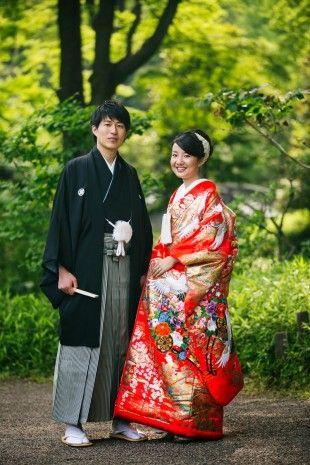 落ち着いた大人の印象に♪結婚式に着たい新郎の袴姿。ウェディング・ブライダルの参考に。