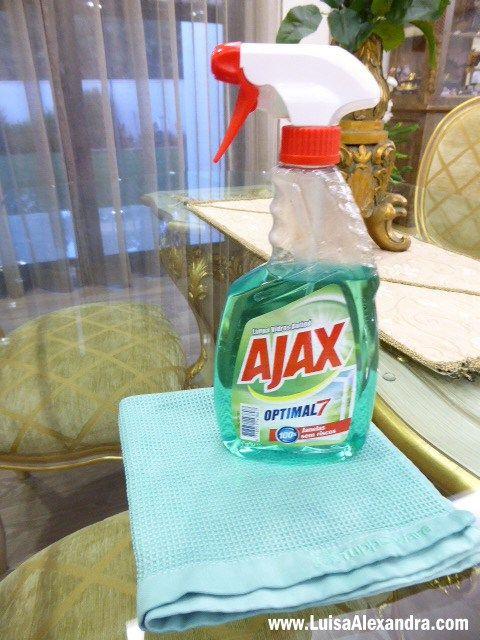 Cabe a cada um decidir o modo que prefere fazer a limpeza em sua casa. Sequer se quer fazer limpeza em casa 🙂 Conheço muito boa gente que não o faz, mas claro está, cada um é que sabe de si! Eu sempre gostei imenso de fazer a limpeza cá deRead More »