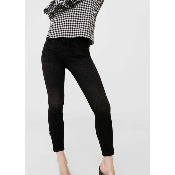 MANGO Crop skinny Isa jeans (€53) ❤ liked on Polyvore featuring jeans, black denim, denim skinny jeans, cropped denim jeans, cropped skinny jeans, 5 pocket jeans and 5 pocket skinny jeans