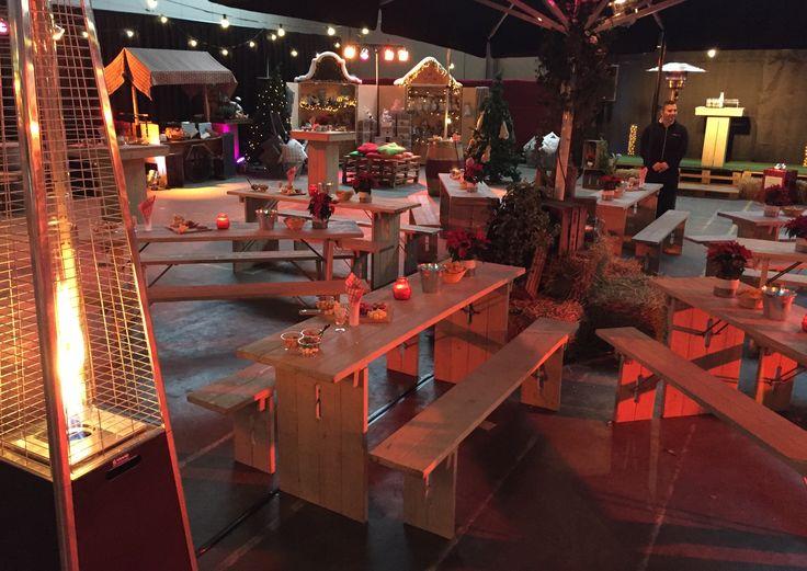 En weer een kerstfestival cq winterfestival met kerstmarkt voor bedrijven. Dit keer in een bedrijfshal. www.advance-events.nl
