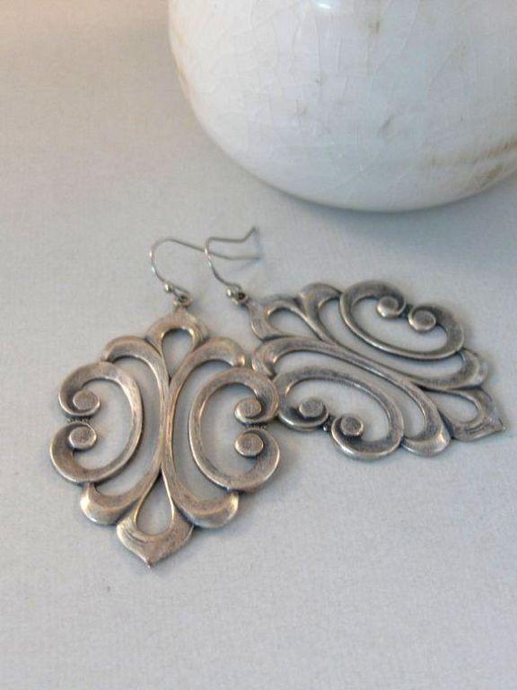 antique necklace clasp types
