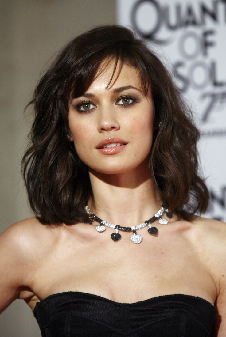 Medium Bob. Olga Kurylenko, Quantum of Solace.