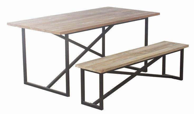Padang pöytä ja penkki