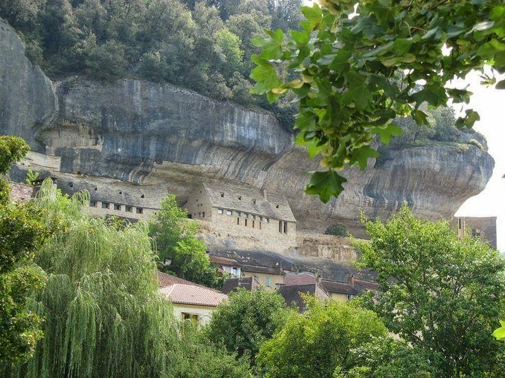 Maisons troglodytes en Dordogne