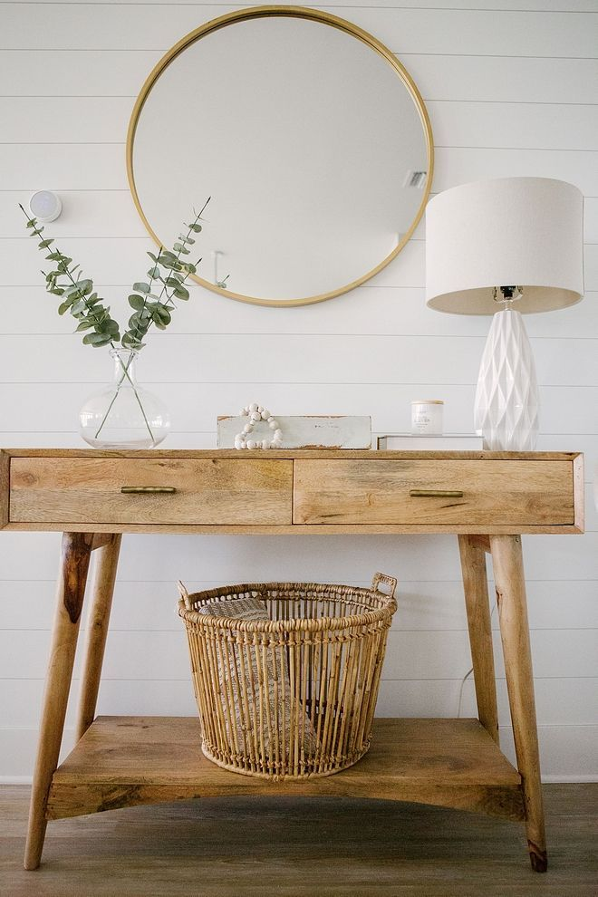 Foyer Decor With Mid Century Modern Console Table Textured Table