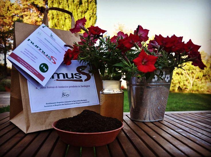 HumuSS e HumuSS-Tea: i fertilizzanti di Madre Natura. Completamente naturali, sani e sicuri, ci consentono di curare il nostro verde senza alcun prodotto chimico
