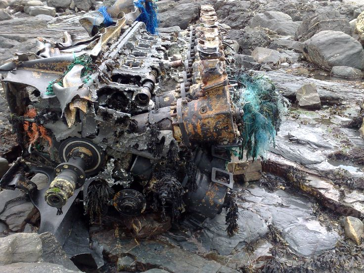 S89 German S boat engine. V20 engine producing over 2000 hp. the ...
