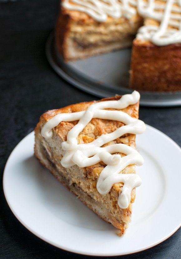 Cinnamon roll cheesecake, Pumpkin cinnamon rolls and Cinnamon rolls on ...