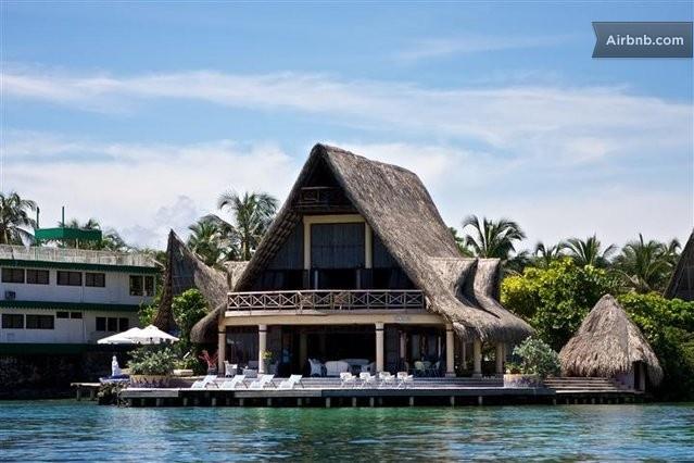 Hermosa Casa  Islas del Rosario in Islas del Rosario www.luxurysolutionsco.com