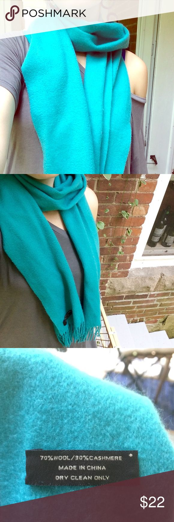 ✨Coach Wool & Cashmere teal scarf...super soft🍁 Gently used Coach wool and cashmere blend scarf in a teal color. Very soft! Fringed edges. Perfect for a pop of color against a neutral jacket in fall! 🍂 Coach Accessories Scarves & Wraps