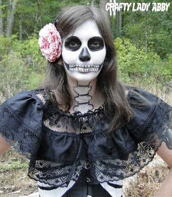 Skull-A-Day 5.0 - Tutorial - Dia de la Abby #61: Anatomical Skull Makeup