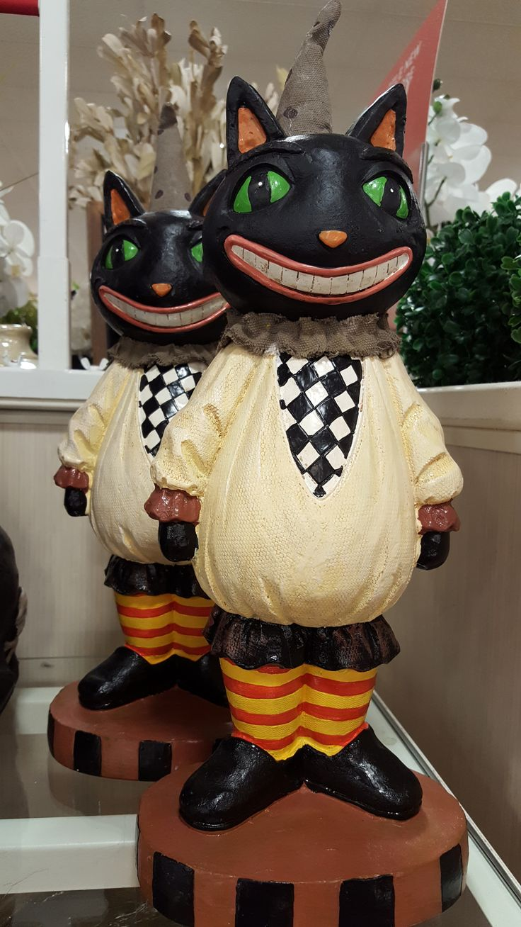 these well dressed vintage inspired cats are part of the home goods 2016 halloween line love me some home goods halloween decor - Halloween Theme Party Ideas