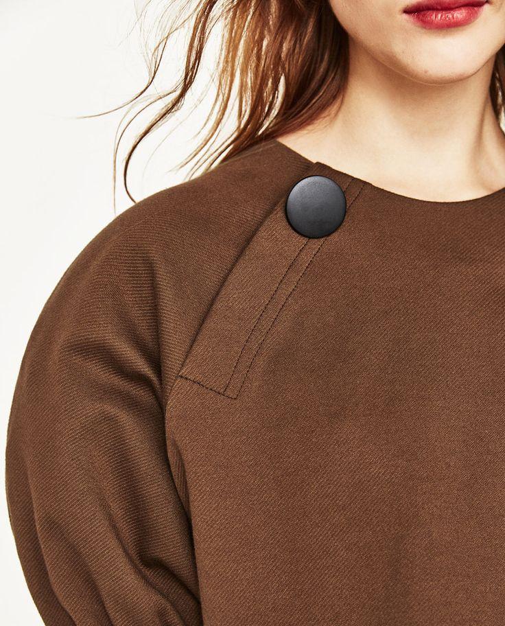 マキシボタン付きパフスリーブトップス -半袖-Tシャツ-レディース | ZARA 日本