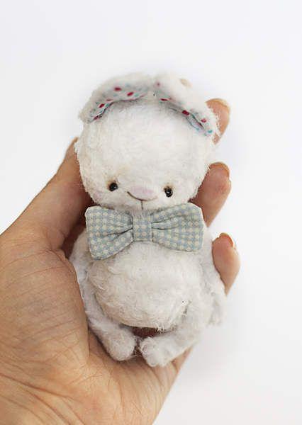 Bunny By Natalia Kolesnikova - Bear Pile