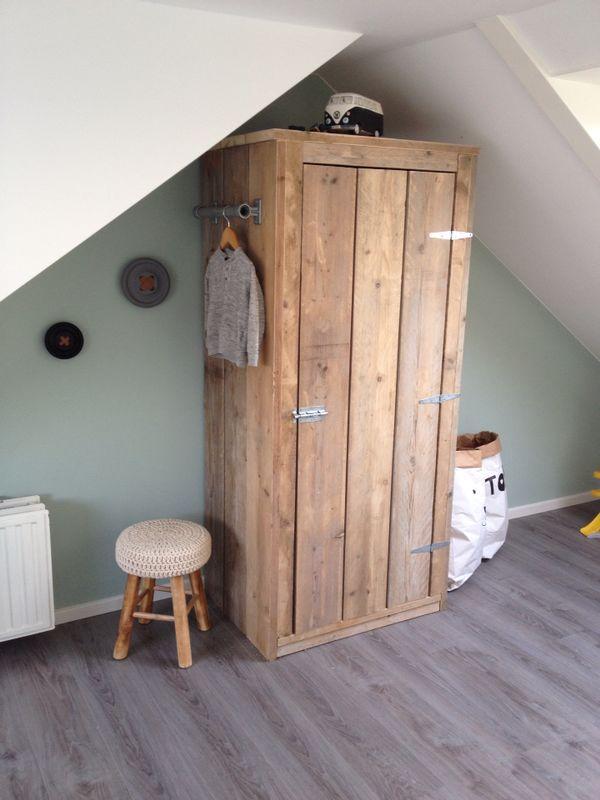 Steigerhouten kledingkast 80x180x60 cm ideaal voor in de kinderkamer!