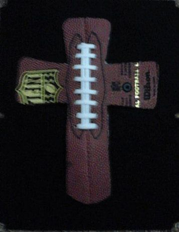 Cross for boys room... Need to do this when we re-decorate the kids' bathroom on AL colors!