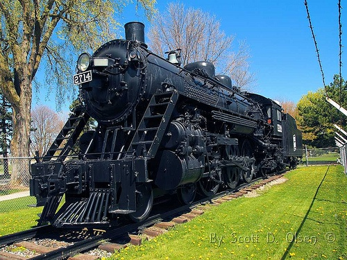 Soo Line 2714 A restored H-22 class 4-6-2 built in 1914 by ALCO Schenectady. It is located in Lakeside Park in Fond Du Lac, Wisconsin.