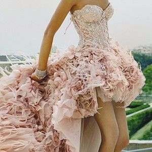pink corset dress, soooo pretttyyyy :)