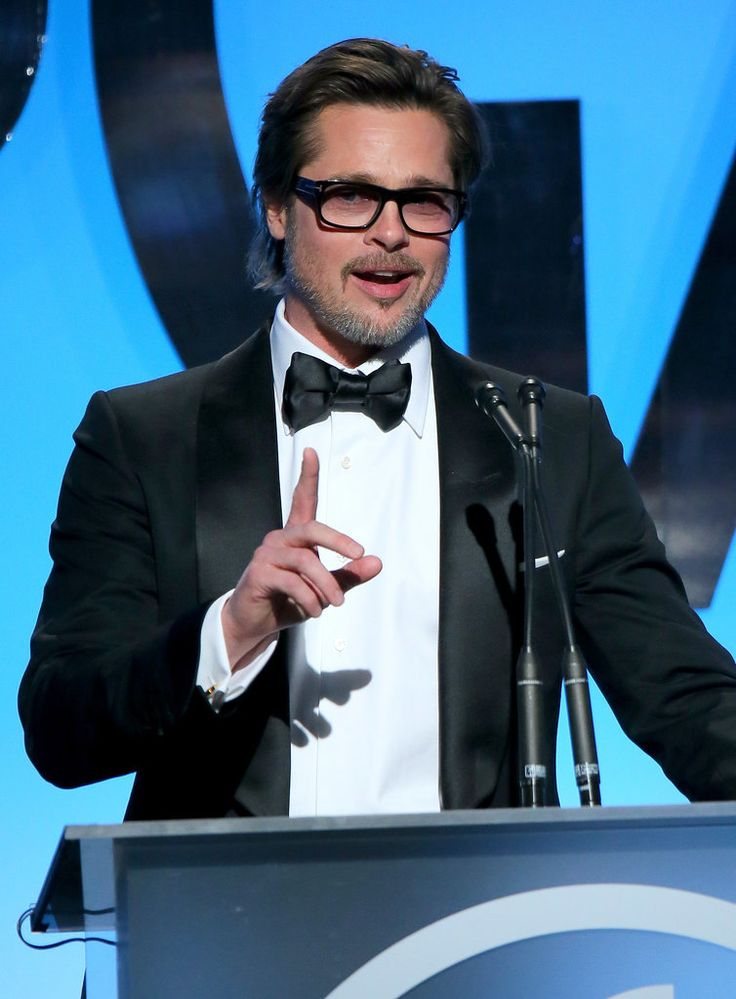 Brad Pitt looked SO handsome at the Producers Guild Awards!