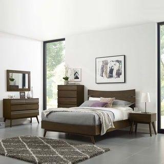 everly 5 piece queen bedroom set apartment bedroom queen bedroom rh pinterest com