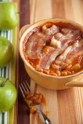 Apple Baked Bean CasseroleBeans Recipe, Brown Sugar, Apples Baking, Baking Beans, Beans Casseroles, Baked Beans, Pauladeen, Man Caves, Paula Deen