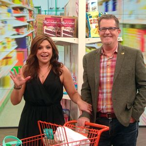 I really loved the ideas he gave for Organizing with dollar store products Just LOVE LOVE IT THANK YOUUUUUUUUUU  Peter Walsh