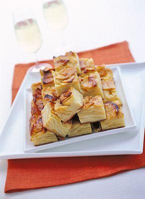 Quadrotti di mele al latte : Scopri come preparare questa deliziosa ricetta. Facile, gustosa e adatta ad ogni occasione. Questo dolce/dessert ha un tempo di preparazione di 1 ora 30 minuti.