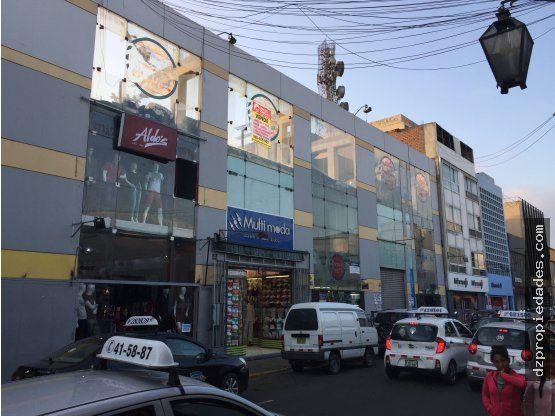 [EN VENTA] Aires Shopping Center en Jr. Ayacucho - DZ Inmobiliaria