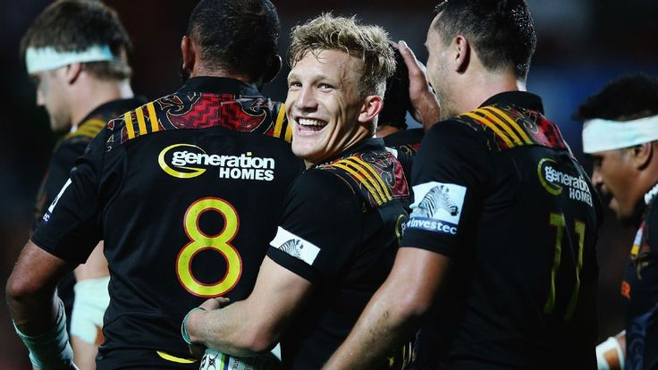 'Courageous' Damian McKenzie ready for ABs, Aaron Cruden says