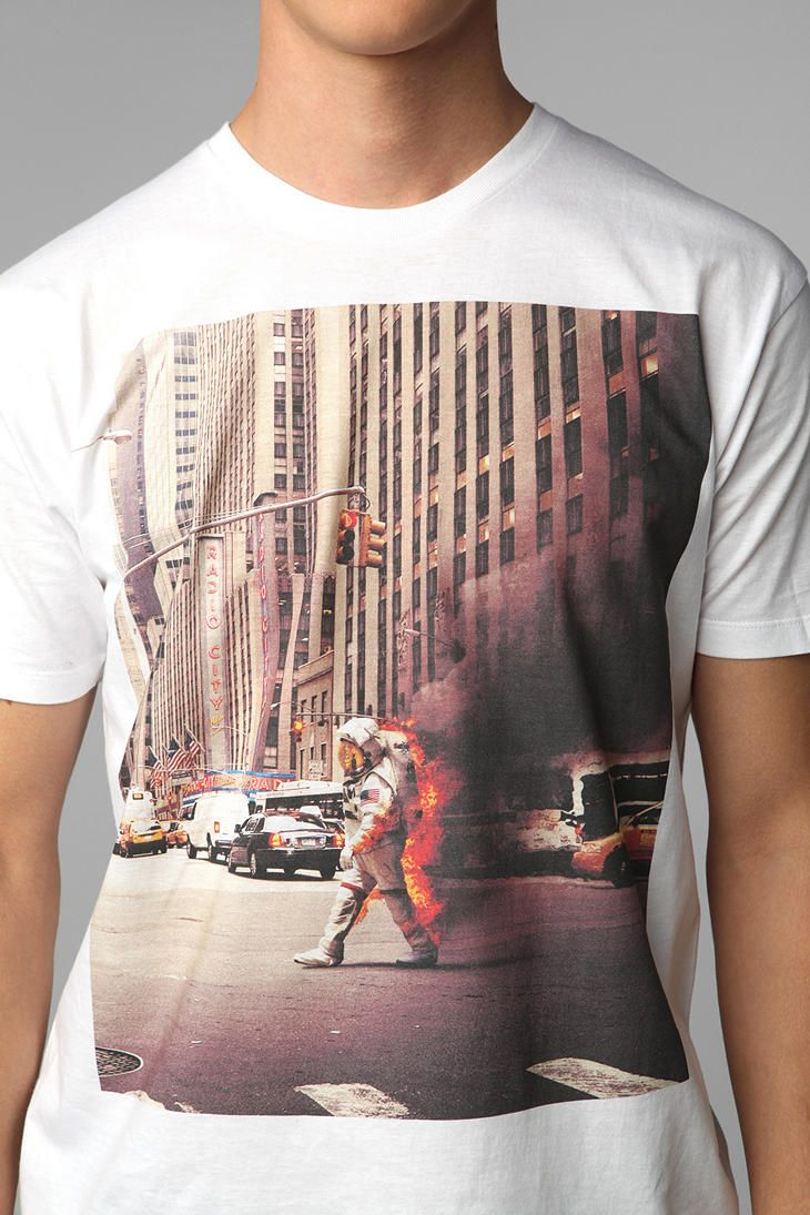 FUN Artists Astronaut Tee Online Only