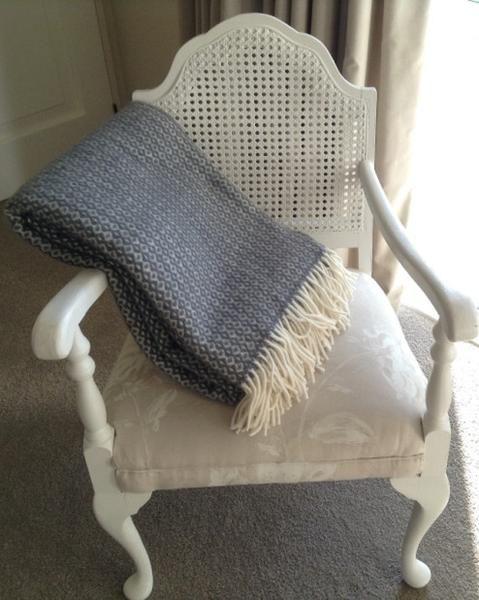 Klippan Lambs Wool Blanket - Rumba Warm Grey. * * NZ WOOL * * - Gift Therapy