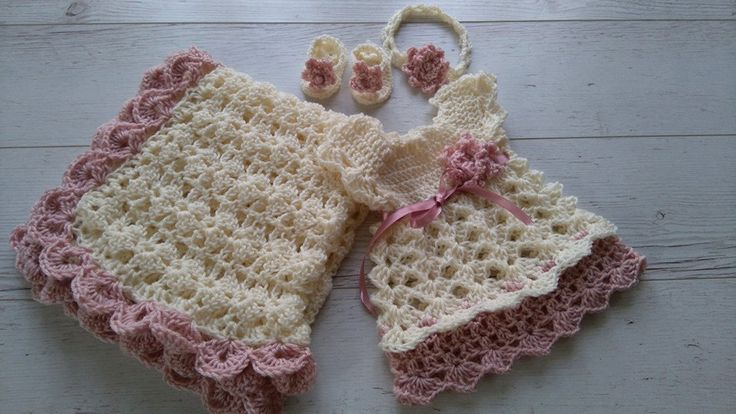 Traje de Marfil Coming Home ganchillo bebé vestido por paintcrochet