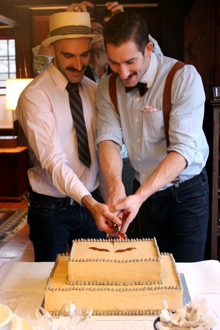 Gay. I know. Whatever- But I just love the style of this. A lot! Throwbacks are awesome! Love the cake! LOL!