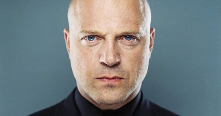 Michael Chiklis Joins the Cast of 'American Horror Story: Freak Show' -- The actor will play the ex-husband of Kathy Bates' character and the father of Evan Peters' character in the new season of the FX series. -- http://www.tvweb.com/news/michael-chiklis-joins-the-cast-of-american-horror-story-freak-show