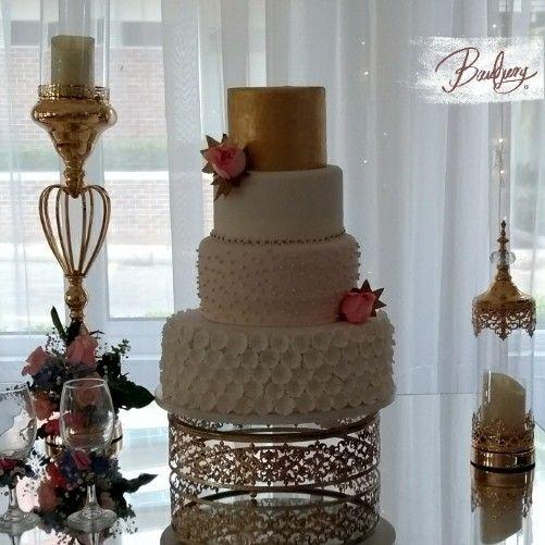 Wedding vale fondant
