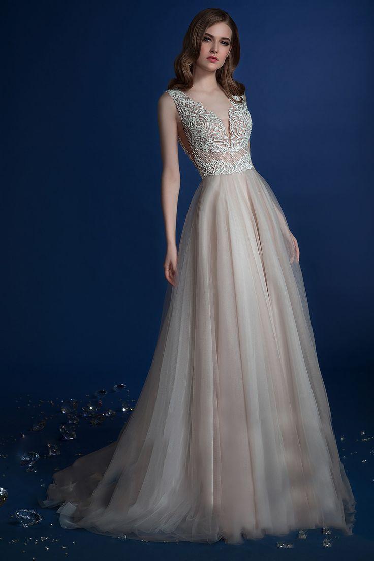 #weddingwhispers #wedding #weddingdress #adelaidewedding #adelaideweddings #princess #love #romantic #gown #weddinggown #weddingstyle #weddingtime #bride #bridetobe