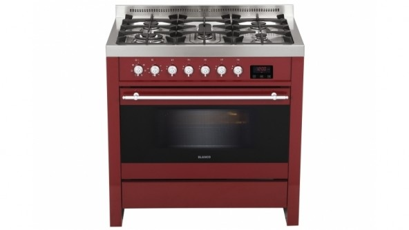 Perfect for your large family, the Blanco 90cm freestanding 'country' cooker in a bold burgundy features 5 burners with cast iron trivets, 104 litre electric oven capacity and 5 shelf positions.