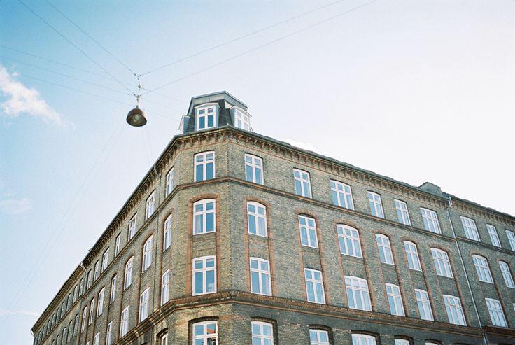 Kopenhagen als bestemming voor je huwelijksreis? Wij zeggen doen! Foto: Raisa Zwart Photography