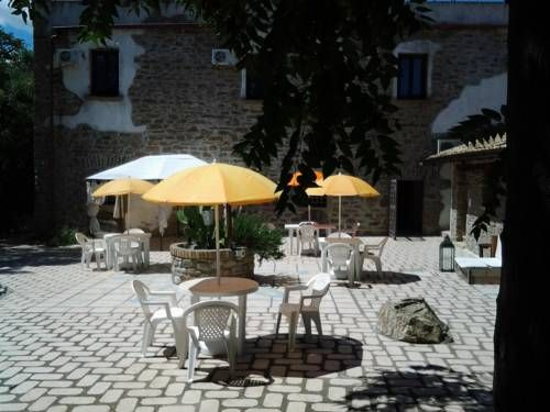 Pietra del Sole Rotondella Offering an outdoor pool, seasonal outdoor pool and sun terrace, Pietra del Sole is set in Rotondella. Guests can enjoy the on-site restaurant. Free private parking is available on site.  A terrace or patio are featured in certain rooms.