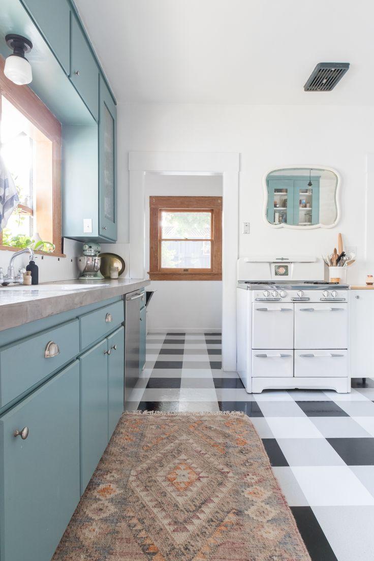 233 best Retro kitchens images on Pinterest   Kitchens, Dining room ...